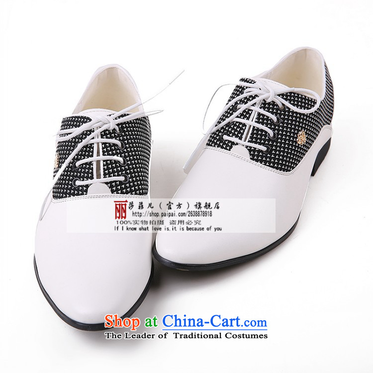 The autumn and winter men shoes, leather strap business round head leather ladys shoes and leather of the breathable genuine English shoe marriage shoes cinnabar red 43 pictures, prices, brand platters! The elections are supplied in the national character of distribution, so action, buy now enjoy more preferential! As soon as possible.