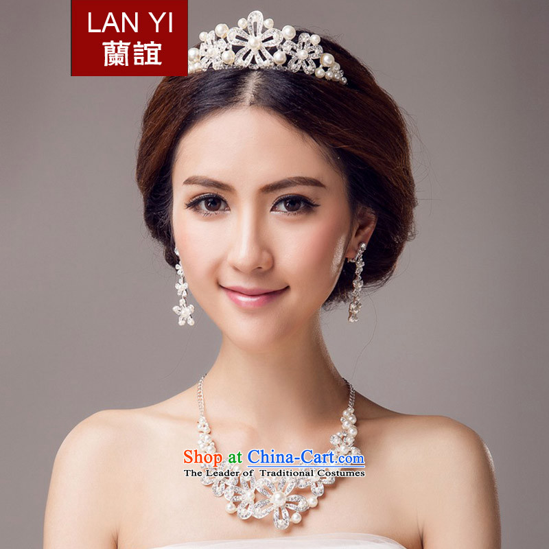 In?2015, Friends bride wedding dresses accessories bride crown necklace earrings three piece bridal jewelry and ornaments wedding dress accessory kits