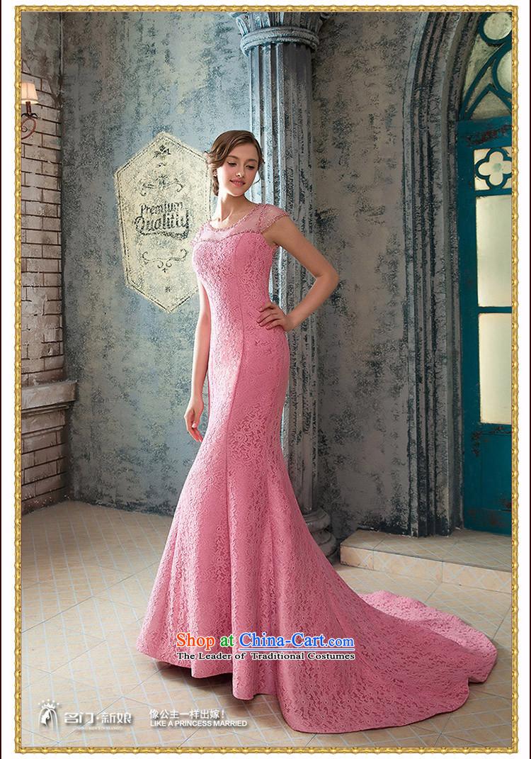 A Bride wedding dresses elegant Peach-pink dresses crowsfoot dinner ...