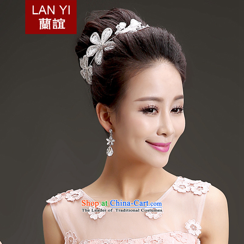 The Friends of the bride wedding dresses accessories Korean Head Ornaments Crown necklace earrings three piece high water drilling head-dress Ornaments