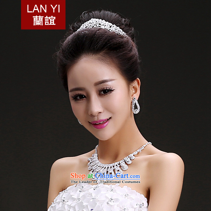 The Friends of the bride wedding dresses accessories bridal headdress crown necklace earrings three piece Korean water drilling jewelry necklace with earrings bride