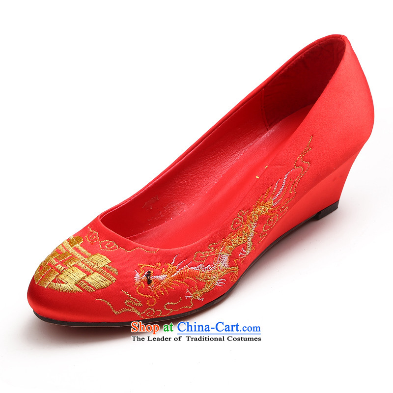 The dumping of the wedding dress shoes wedding new 2015 low rise with large red retro embroidery, marriages bows with low shoes cheongsam Red�35