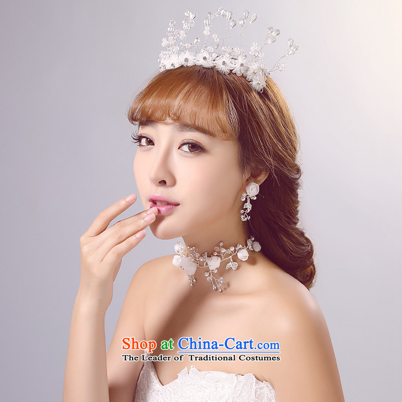 Ferrara�2015 new bride wedding head ornaments with wedding accessories white floor jewelry shooting supplies wedding dresses was adorned with necklaces earrings kit