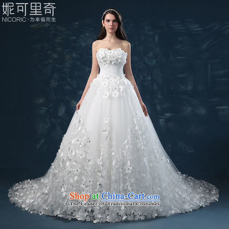 Wedding dress of autumn and winter 2015 new heart anointed chest bride wedding western straps flowers large tail wedding video thin white?L_7 Sau San days no reason to return_