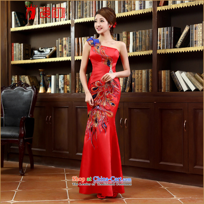 In the early 2015 new man bride dress shoulder crowsfoot satin dress long gown bridal dresses Sau San bows red XXL