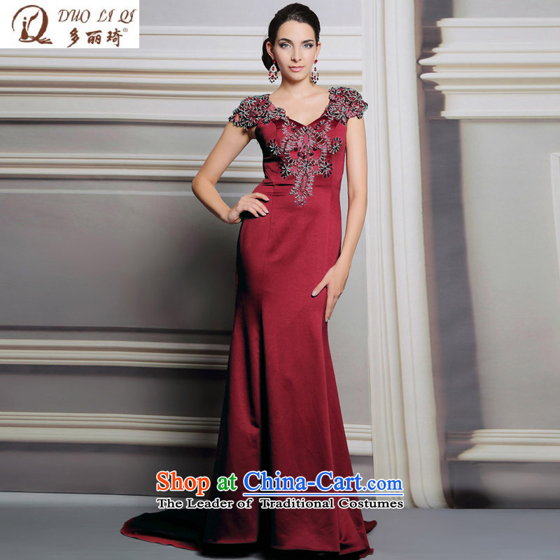 Doris Qi Europe long tail dress stylish red v-neck and sexy party evening 31,190 pictures color�S