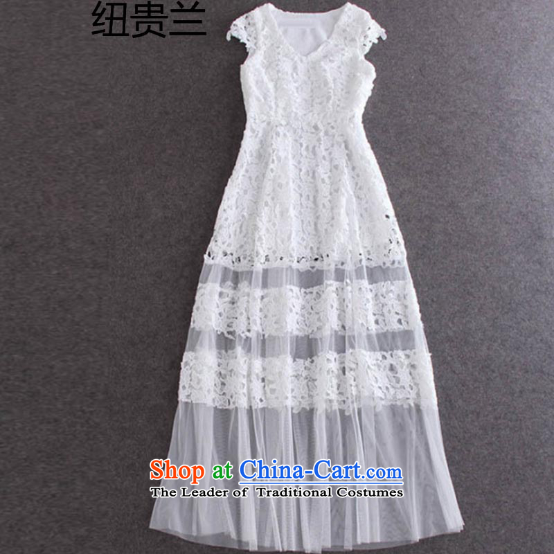 The estimated 2015 NZ Ziyi elegant water-soluble flower spell gauze dresses and sexy V-Neck Sau San long skirt dress 1396 White�L