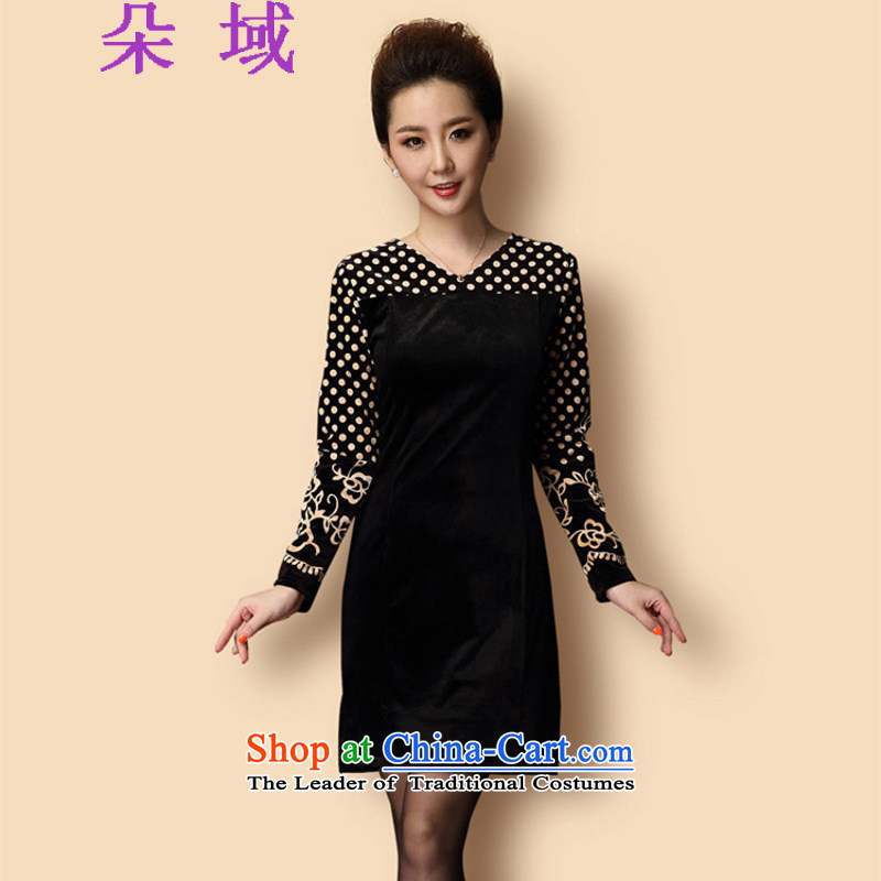 A domain for autumn and winter 2015 new moms with Kim velvet long-sleeved dot package and the elderly in the skirt wear dresses T351C06 female Black XL