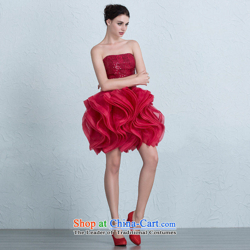 There is a beauty wedding dresses banquet evening dresses bride bows ...