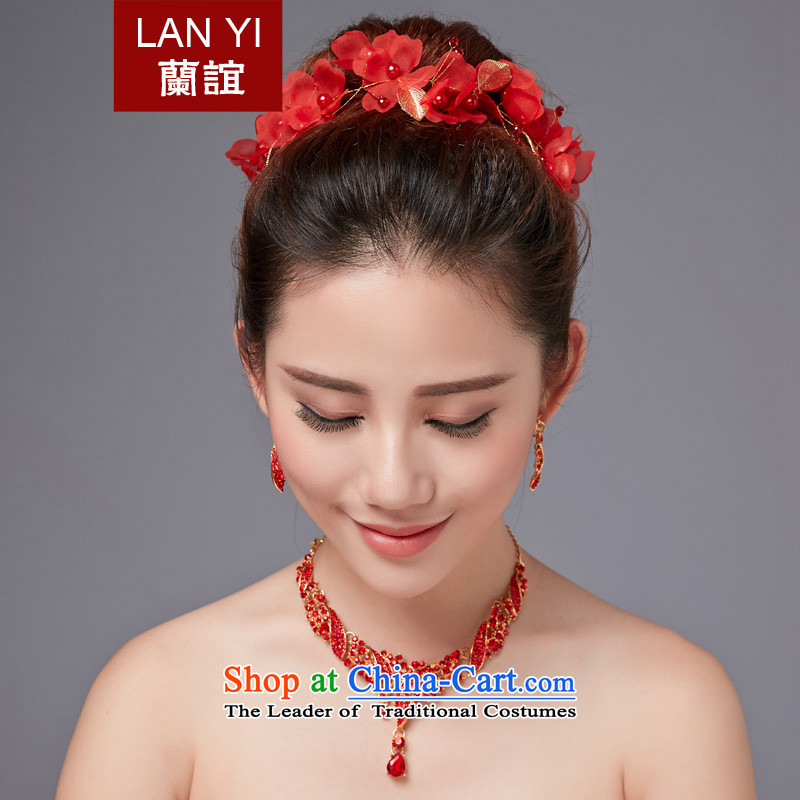 The Friends of the bride wedding dresses accessories Korean water drilling head ornaments necklace bride crown earrings three piece jewelry marriages red accessory kits